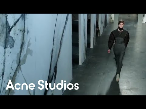 Acne Studios Women s Fall/Winter 2012 Show (full version)