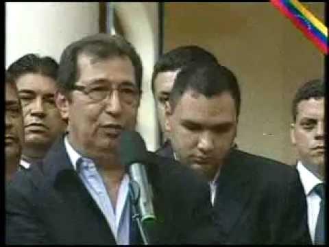 Conmovedora despedida de Adan Chávez al Presidente