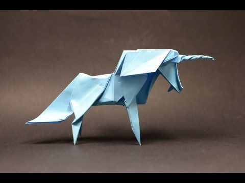 Origami Unicorn by Roman Diaz