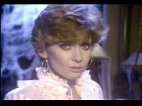 Olivia Newton John - Hopelessly devoted to you Video