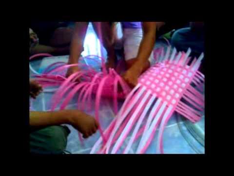 การจัดสานเชือกพลาสติก โดยวันซาฮารี