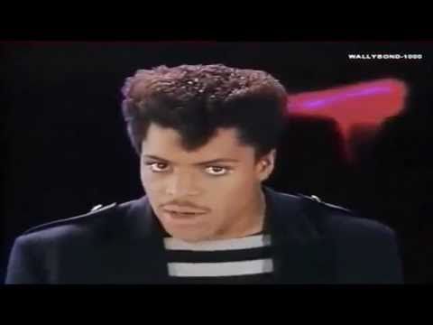 Somebodys Watching Me-rockwell & Michael Jackson-traduÇÃo-legendado Pt Br-ano 1984 [ Hd ] video