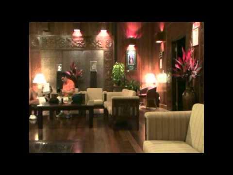 Malaysia Borneo Sarawak Batang Ai Hilton Hotel Longhouse Resort Luxus und Ruhe mitten im Dschungel