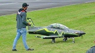 GIANT RC PILATUS PC-21 TOMAHAWK AVIATION TURBOPROP TURBINE MODEL AIRCRAFT FLIGHT DEMO