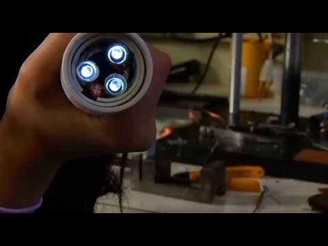 "Girl Invents ""Hollow"" Flashlight - Shaw TV Victoria"