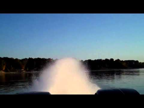 World's Fastest Pontoon Boat - Brad Rowland's South Bay 925cr video