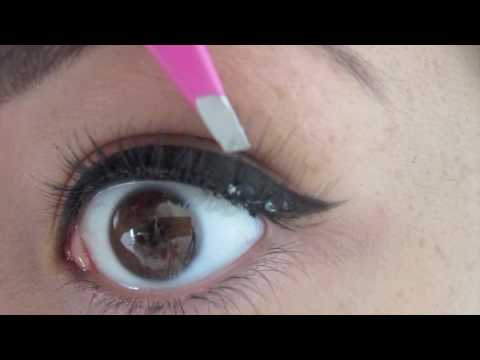 Individual Eyelash / False Lash Application Tutorial / How To