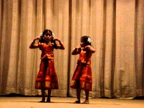 Chik Motyachi Maal (Parvatichya Bala) by sreeja and sreemayi