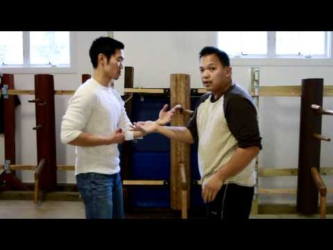 Wing Chun - S1 EP11 Day one of chi sao