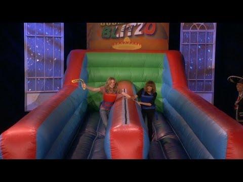 Ellen Pompeo and Nicole Richie Play Boomerang Blitz