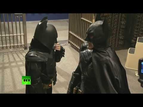 Мечты сбываются: мальчик из Сан-Франциско стал помощником Бэтмена