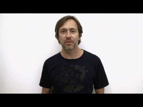 Marc Newson accepts 2014 Good Design of the Year Award