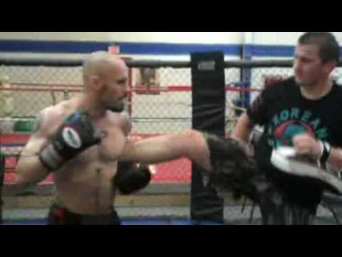 Marlton Muay Thai Boxing / Muay Thai Tips: Catching Body Kicks and Countering Image 1