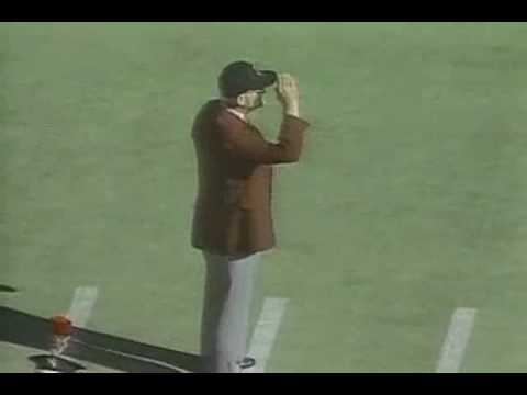 Woody Hayes Dots the
