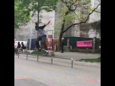 new✨new @kilianzehnder 📹: 🙏 @johhngotti | Shralpin Skateboarding