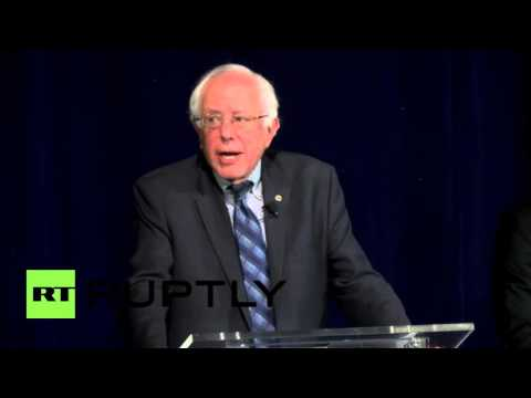 USA: Sanders talks immigration reform in the City of Sin