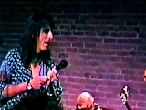 alice cooper phoenix 1999 - 1 more song live