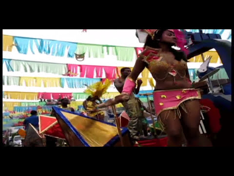 Carnaval La Ceiba Honduras 2010.wmv