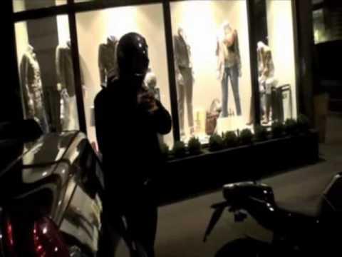 Orlando Bloom on Bike in London