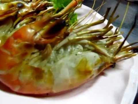Talad Nam Seafood Restaurant in Alley off  Silom Road by Saladeng BTS Station – Phil in Bangkok