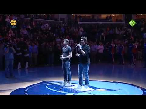 Nick en Simon - National Anthem of the USA