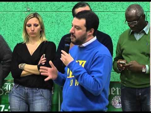"""Berghem Frecc - Salvini: """"Berlusconi, o ti chiarisci le idee oppure noi andiamo da soli"""""""