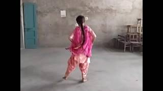 Bhangra By 11 years old Girl, Little Flower Convent School ,Malout Choreographed By Rahul Sir Malout