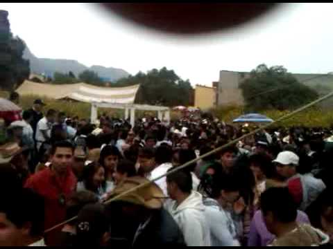 BALACERA EN LAS PEÑAS IZTAPALAPA 2011.3GP