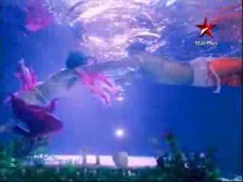 Nach Baliye Underwater Dance video