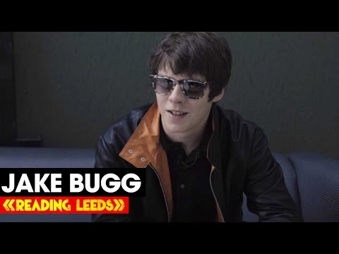 Jake Bugg - 3 Minutes to the Stage | R&L 2014