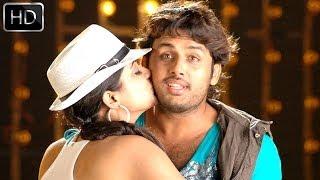 Drona Movie    Yem Maaya Chesavo Video Song    Nitin, Priyamani
