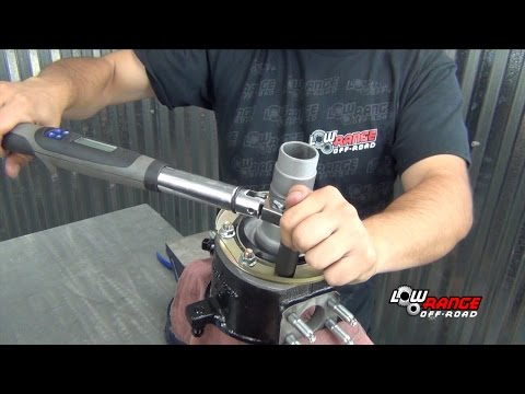 How To Rebuild A Toyota 4X4 Solid Front Axle (Part 4) Steering Knuckle & Spindle Rebuild