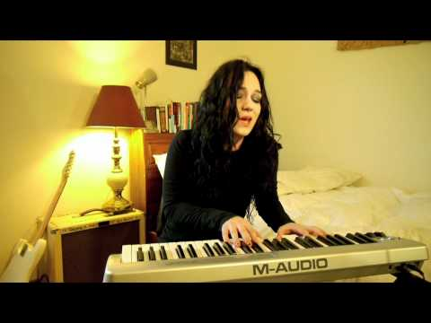 Sparks Fly - Taylor Swift - Cover by NoelleRose87
