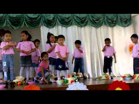 Makulay Ang Buhay Sa Sinabawang Gulay(nutrition Month) video