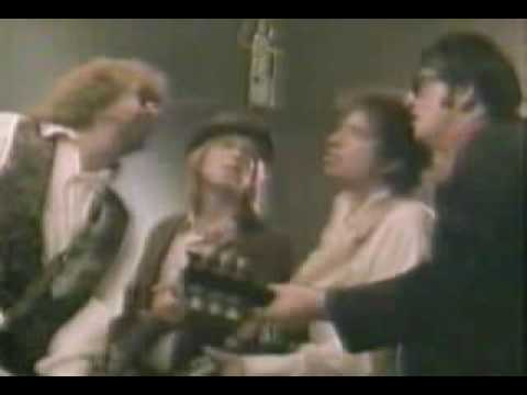 Traveling Wilburys - Handle With Care {Music Video}