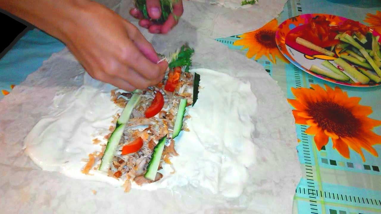 Как сделать шаурму дома с сосиской