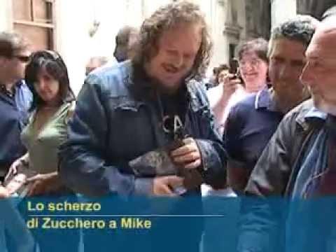 Lo scherzo di Zucchero a Mike Bongiorno