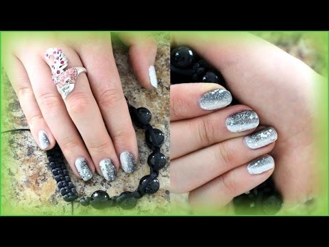 Holiday Nail Art for Beginners. Cute Winter Glitter Gradient Nail Design for short nails.