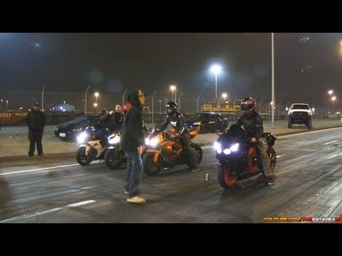 30 Min of Motorcycle Drag Racing & Stunts + Wreck!