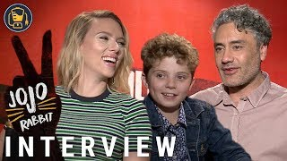 Jojo Rabbit Cast Interviews with Scarlett Johansson, Taika Waititi, Sam Rockwell and More