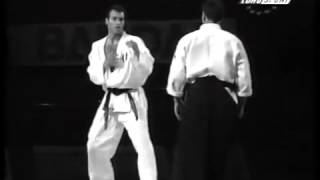 Aikido vs Karate Demonstration  Айкидо против карате.
