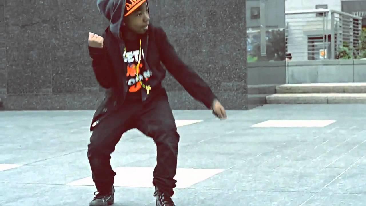 Turf Aka Retro T.a.t ft Retro Aka Turf