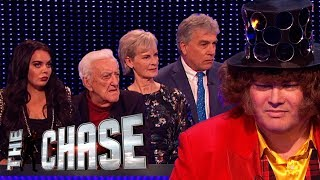 A Full House of Celebrities Vs The Beast | The Celebrity Chase Christmas Special