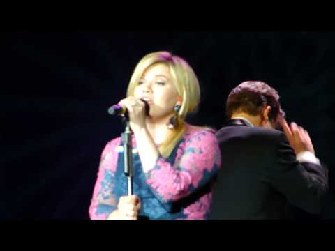 Kelly Clarkson & Boston Pops - Since U Been Gone - 5/2/2013