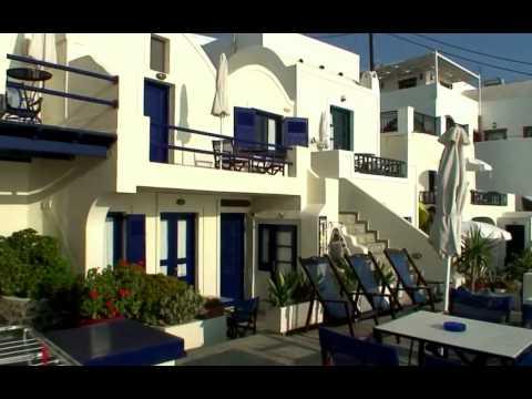 Travel Guide to Santorini, Greece