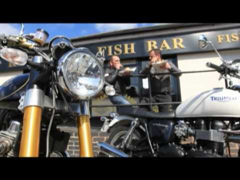 Norton Commando v Triumph Bonneville Video