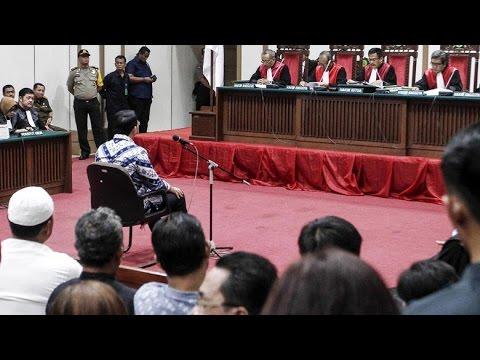 Saat Hakim Jatuhkan Vonis 2 Tahun Penjara Ke Ahok