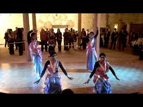 Faguner Mohonay - Rumela Dance Group - The IDEAraiser Event...