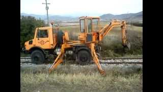 Metre-gauge (Meterspur) UNIMOG + SCHAEFF AT16 - Thessaly Railways