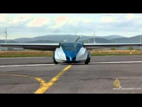 أول عرض لنموذج سيارة طائرة